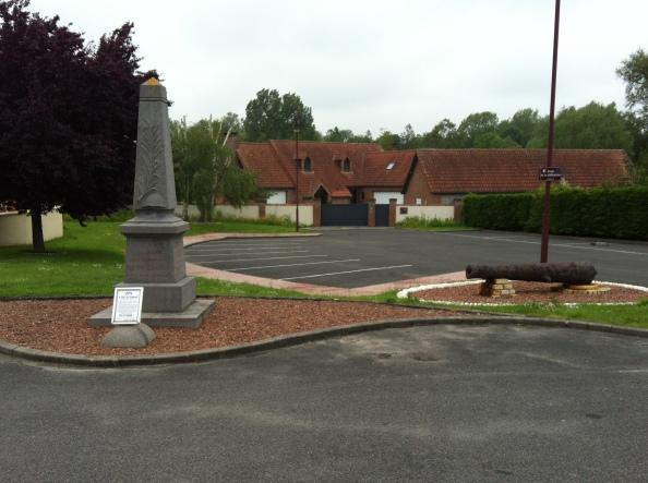 Monument in Vaudricourt
