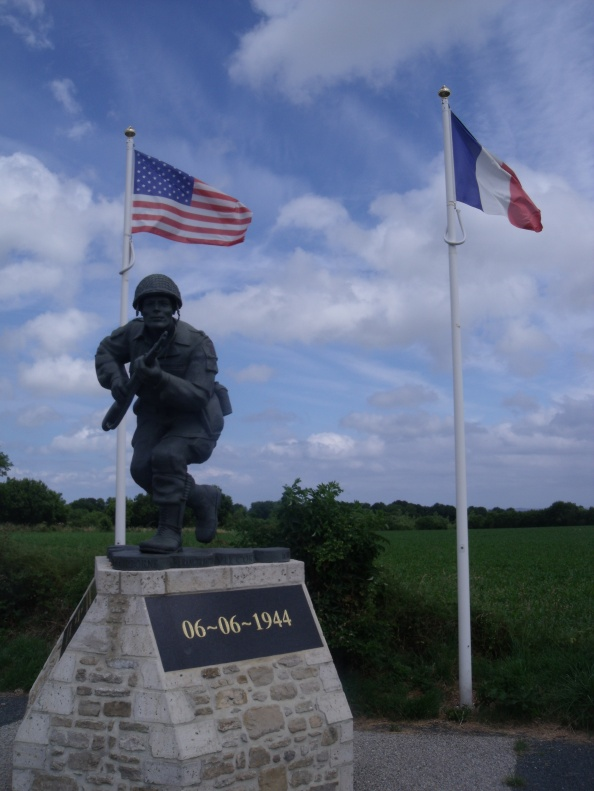 Statue of Richard 'Dick' Winters on the road up Exit 2 from Utah Beach.